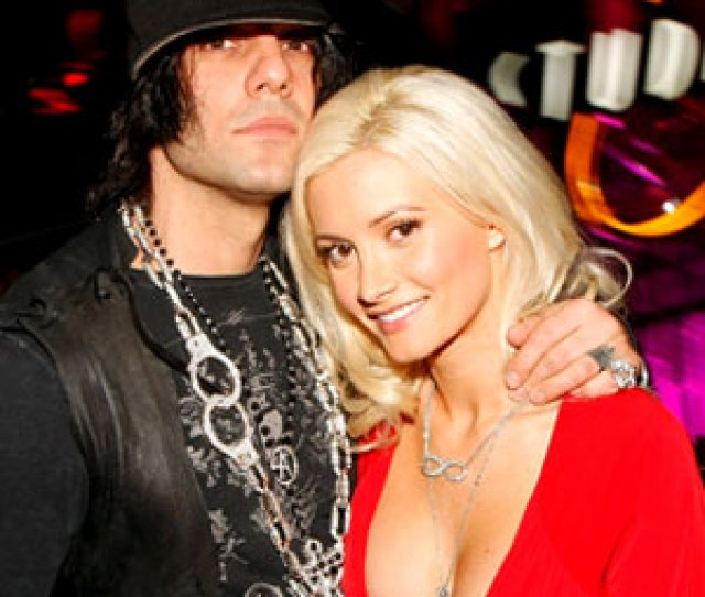 Holly Madison Says Ex Criss Angel Was Cripplingly Insecure Had An Explosive Temper E News