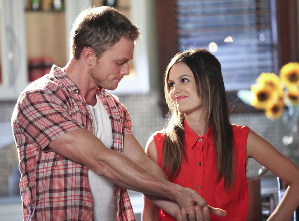 Wade And Zoe, Hart Of Dixie From 2013's TV Couples We Love