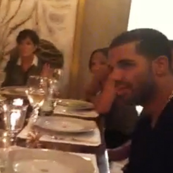 Kim Kardashian Keeks Regular Family Dinner With Kanye West Drake And Pia MiaWatch Now E News