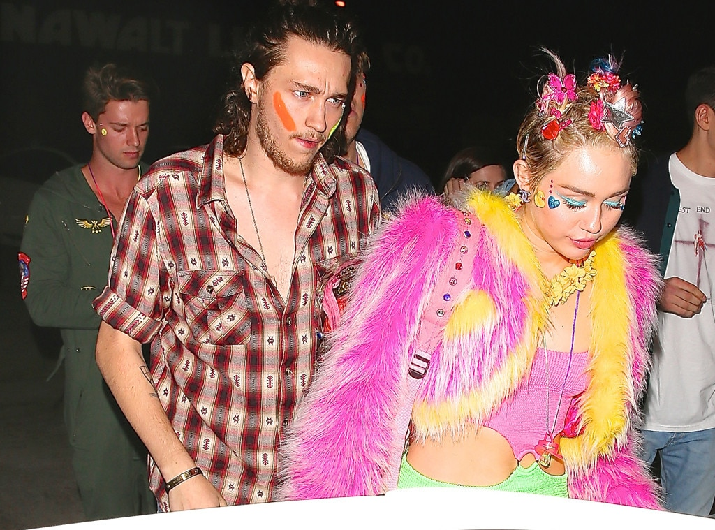 Miley Cyrus Celebrates 22nd Birthday With Patrick ...