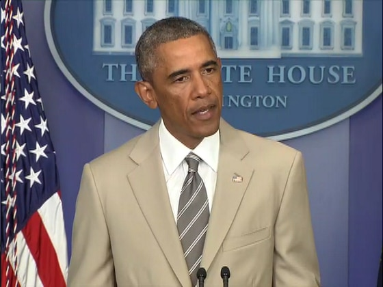 President Obama Wears Tan Suit To Press Conference