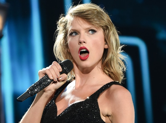 https://i1.wp.com/akns-images.eonline.com/eol_images/Entire_Site/2015718/rs_560x415-150818105404-1024-taylor-swift-performance.jpg