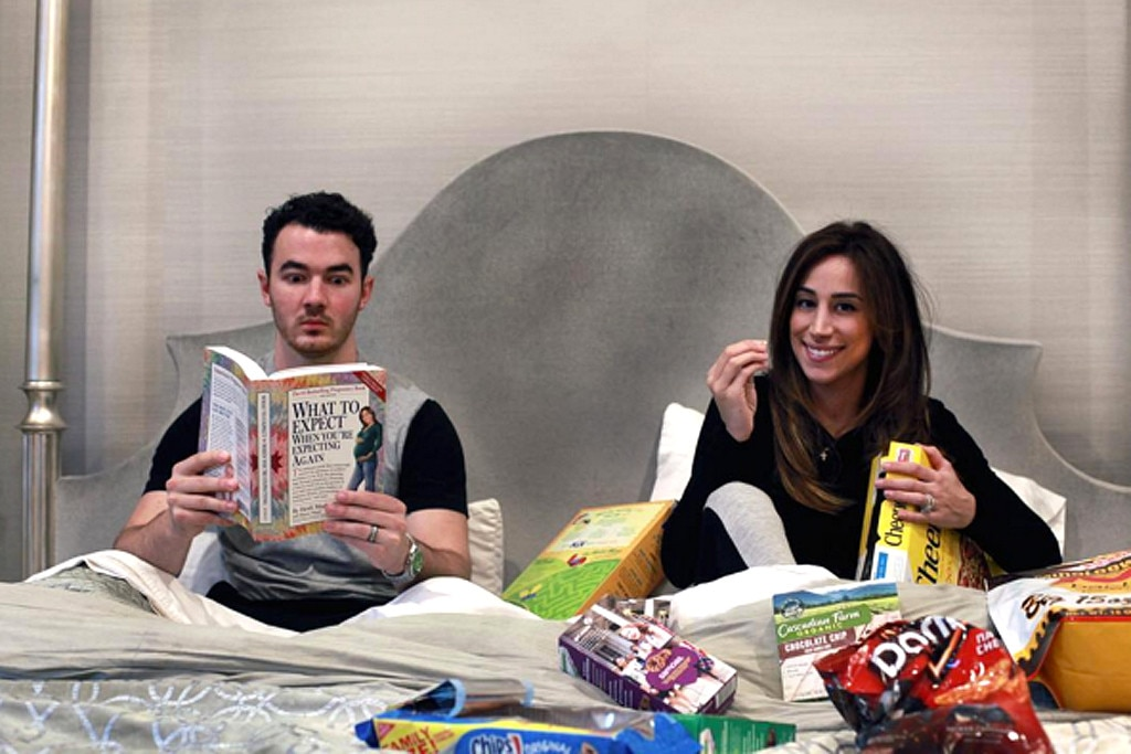 Kevin Jonas And Wife Danielle Expecting Baby No 2 See The