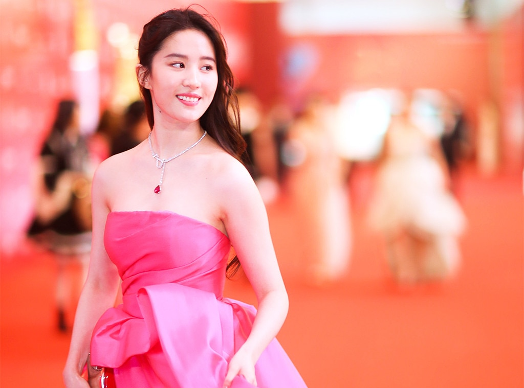 Mulan Finds Its Star 5 Things To Know About Liu Yifei E