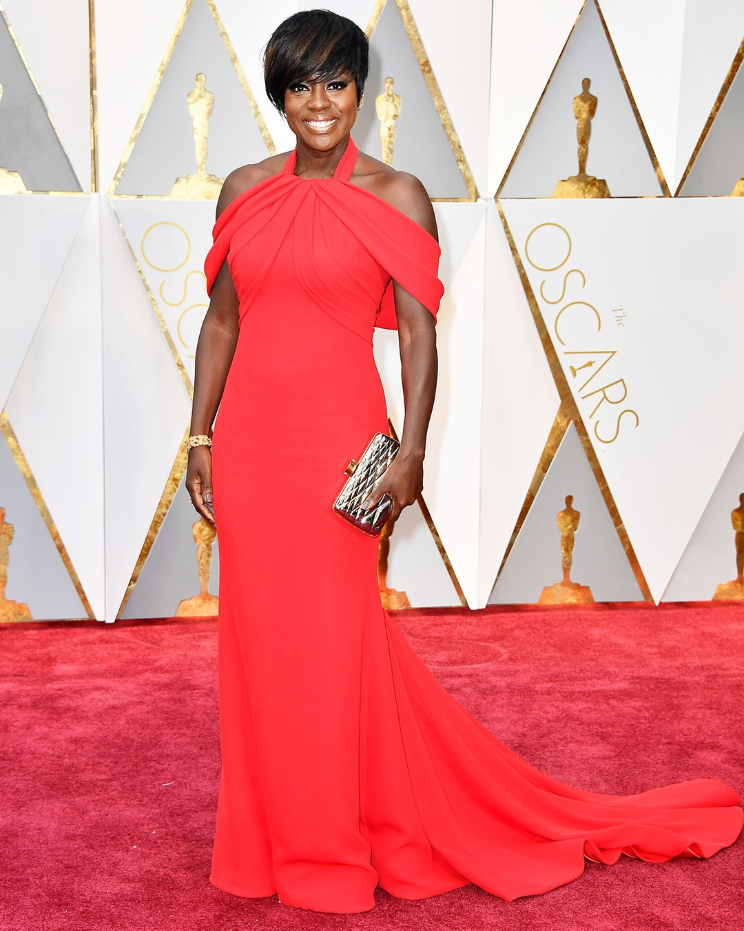 https://i1.wp.com/akns-images.eonline.com/eol_images/Entire_Site/2017126/rs_1080x1350-170226165527-1080.Viola-Davis-Oscars-Hollywood.kg.022617.jpg
