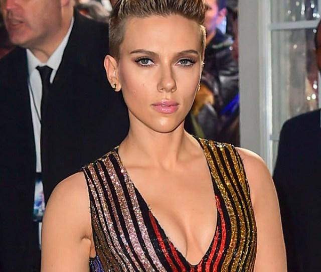 Confused Juliette Binoche Says Scarlett Johansson Has The Best Ass E News