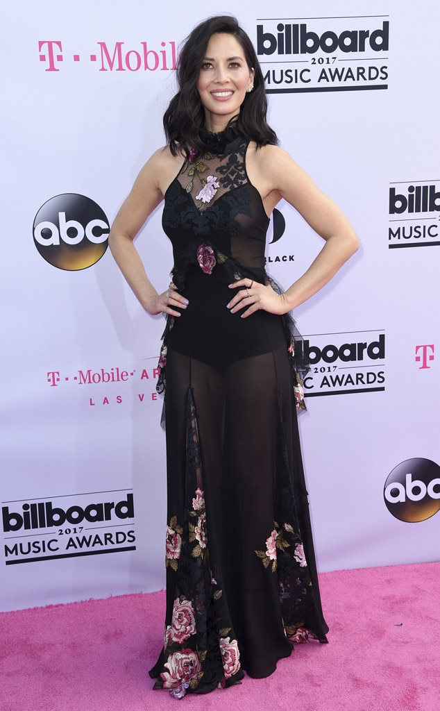 Olivia Munn, 2017 Billboard Music Awards, Arrivals