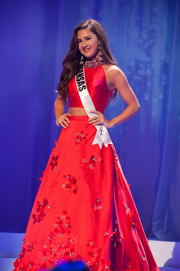 Malerie Moore, Miss Kansas Teen USA 2017, Preliminary Competition, Evening Gown