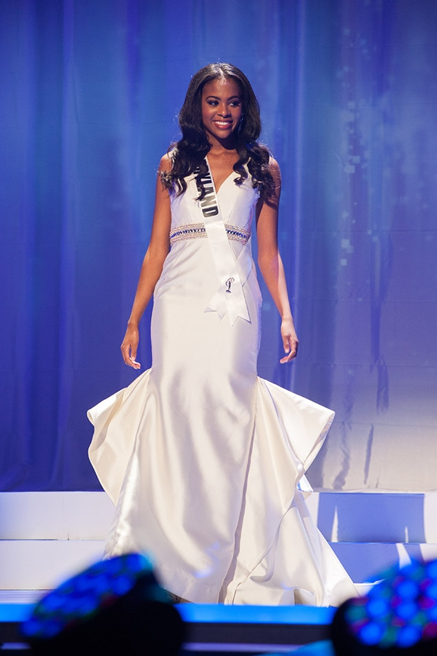 Taylor Spruill, Miss Maryland Teen USA 2017, Preliminary Competition, Evening Gown