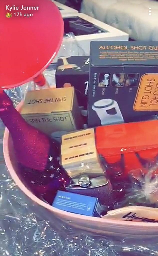 Kylie Jenner, 21st, Birthday, Present