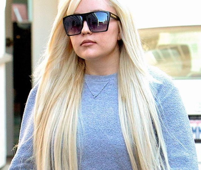 Inside Amanda Bynes Recovery Shes Working On Herself E News