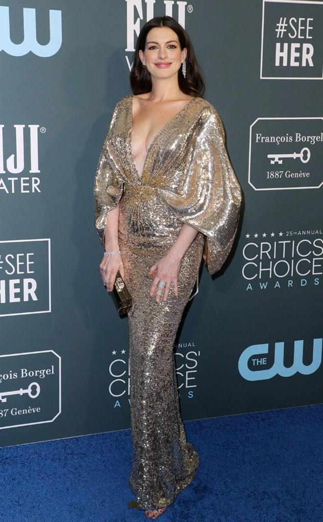 Anne Hathaway, 2020 Critics Choice Awards, Red Carpet Fashion
