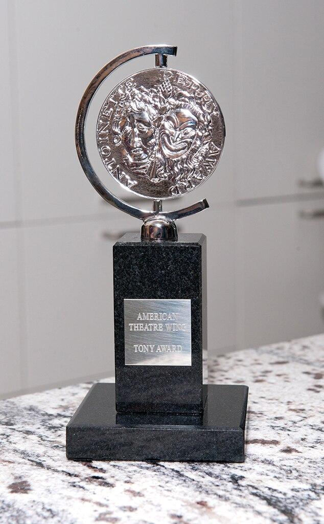 Tony Awards, statue, trophy