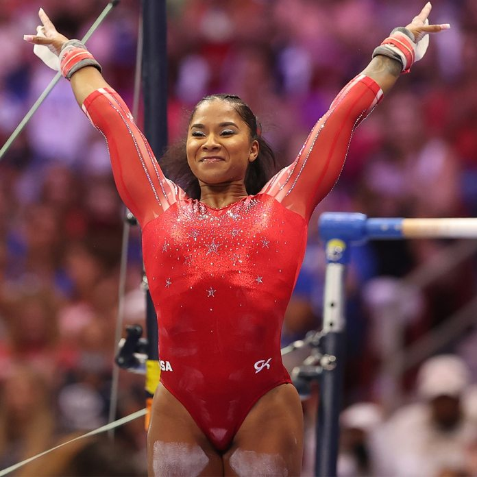 How Simone Biles Pushed Greatest Good Friend Jordan Chiles To Go For Gymnastics Gold - E! On-Line