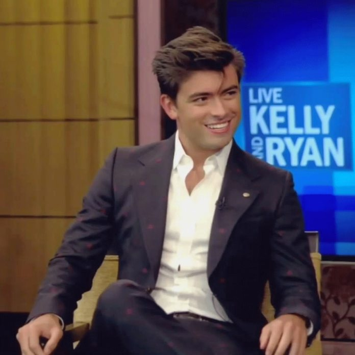Watch Kelly Ripa And Mark Consuelos' Son Michael React To These Trip Pictures - E! On-Line