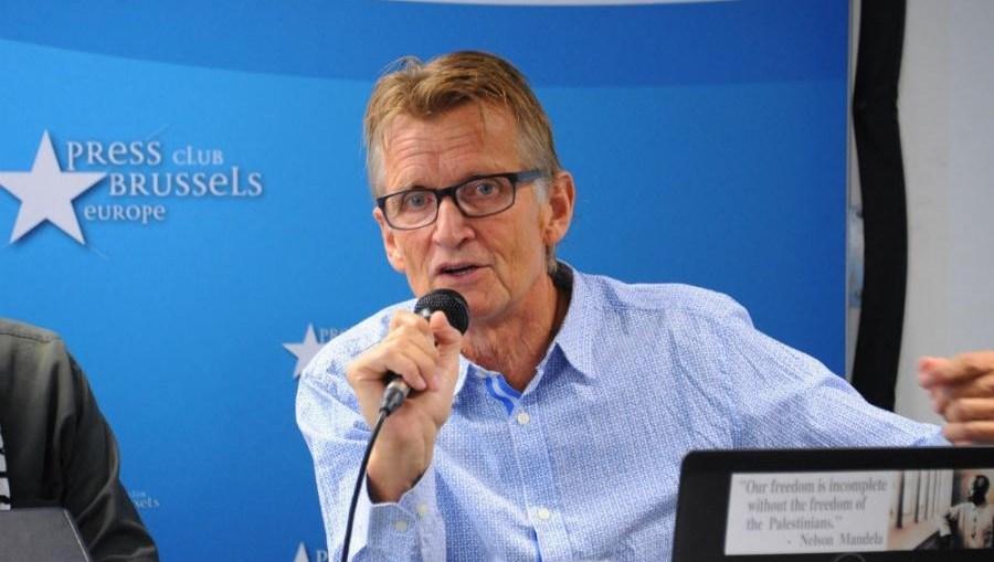 Mads Gilbert je proveo više od 50 dana pružajući pomoć mnogima od 11.000 ranjenih u napadima Izraela na Pojas Gaze [Getty/Anadolija]