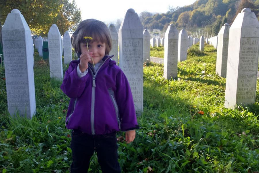 Kćerkici nisam još govorio šta se desilo u poljoprivrednim magacinima u Kravici, a hoću kada za to dođe vrijeme [Ustupljeno Al Jazeeri]