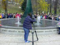 Djeca Sarajeva odala počast najmlađim žrtvama agresije na Bosnu i Hercegovinu