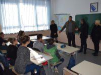 Općina Centar donirala kompjutere školi u Kiseljaku