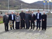Srebrenica: Obilježena 15. godišnjica od prve dženaze u Memorijalnom centru Potočari