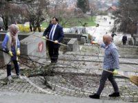 Mladi organizovali akciju čišćenja Spomen-parka Vraca u Sarajevu