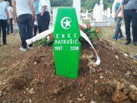 Ukopan u rodnim Ošanjicima: Klanjana dženaza književniku Enesu Ratkušiću