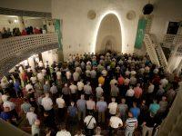 Noć Lejlut-l-kadra obilježena u Zagrebu u prisustvu velikog broja vjernika