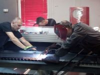 U garaži u Buća Potoku prave mašine za deset zemalja