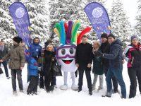 Trebevićka zimska zabava uz sankanje privukla veliki broj građana Sarajeva
