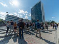 Protest novinara u Sarajevu: Napad na novinara tretirati kao napad na službeno lice
