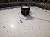 Rijetko kad viđeno: Harem Kabe skoro potpuno prazan nakon zabrane obavljanja umre
