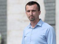 Omer Majstorović u Potočarima će ukopati tetka Zuhdiju Avdagića, nada se da će pronaći ubijenog oca