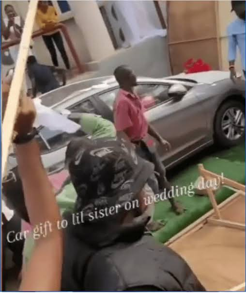 Patoranking gifts his sister & her hubby a new car at their wedding (Video)