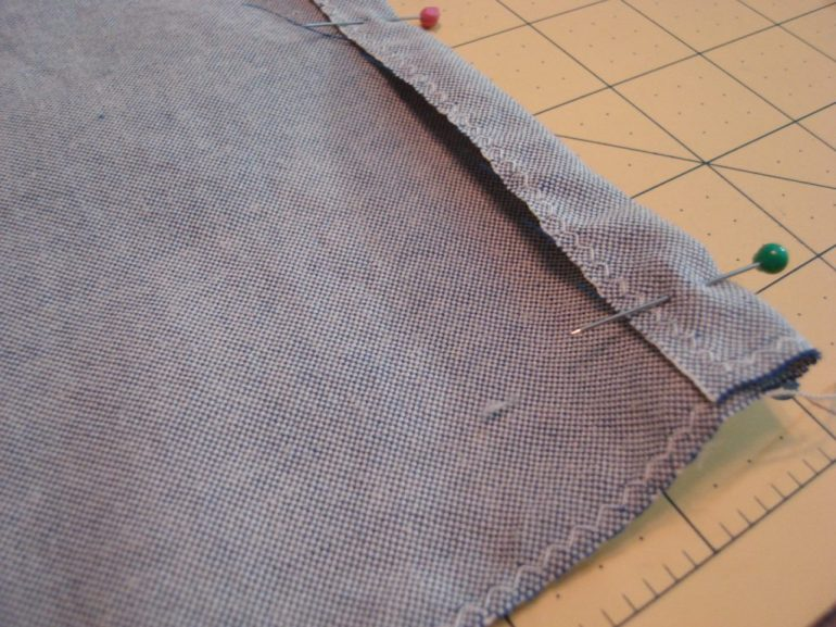 Hem for  opening, being pinned