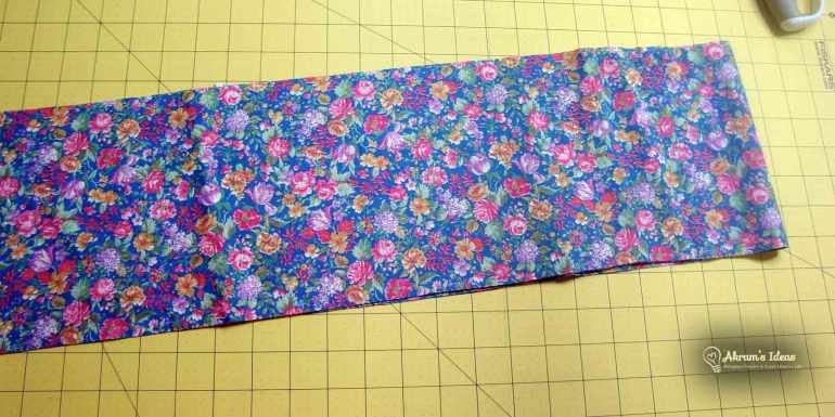 I used this lovely floral fabric for my scarf
