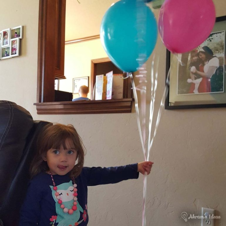 Akram's Ideas: Layla and her ballloons
