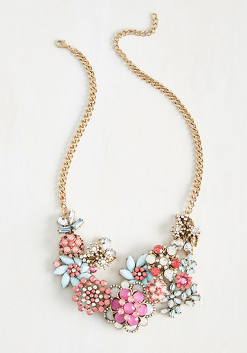 Modcloth Vov to Wow Necklace