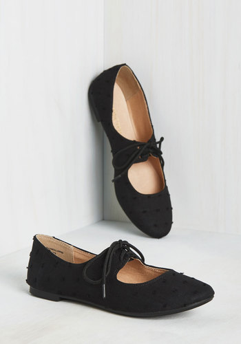 Modcloth Blossoming Bouclé Flat in Black