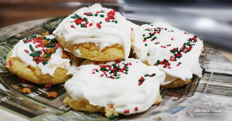 Quickie bake recipe for sugar cookies made with 3 ingredients and the secret is a cake mix!