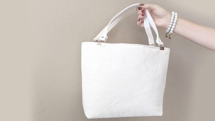 Akram's Ideas: Miss Maggie Handbag White