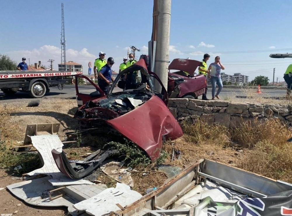 Hurdaya dönen otomobilin sürücüsü hayatını kaybetti