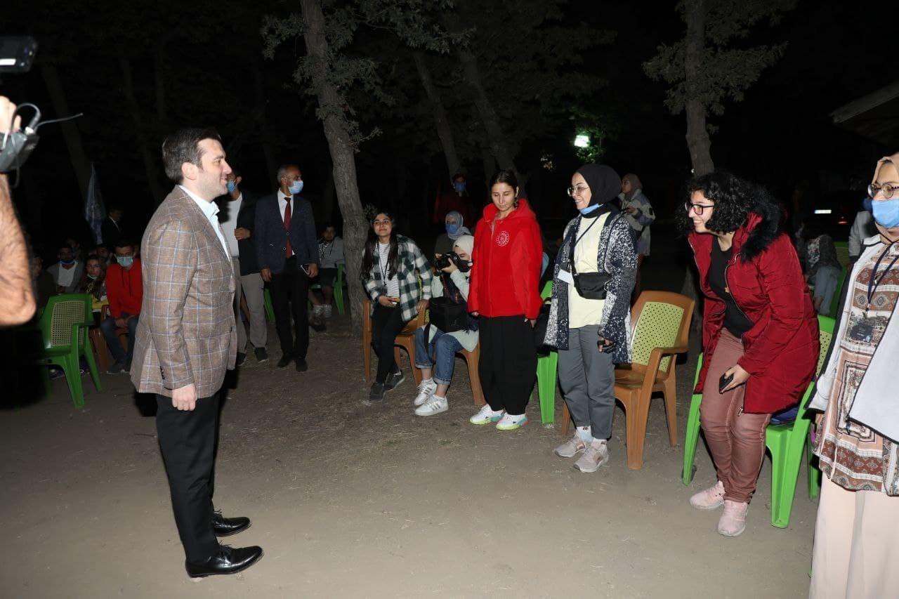 Bakan Yardımcısı Kıran Astronomi ve Uzay Kampında gençlerle buluştu