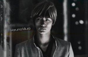 Haruma Miura saat memerankan karakter Tatsuya Bitou di Film Crows Zero 2. Foto: Ist