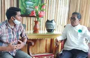 Wawancara eksklusif wartawan Akses Jambi, Dwi Pebrianza Danial bersama Bakhtiar. Foto: AksesJambi.com