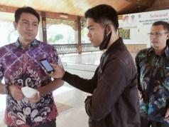 Bupati Batanghari, M. Fadhil Ariefsaat diwawancarai AksesJambi.com, Sabtu (27/02/2021).