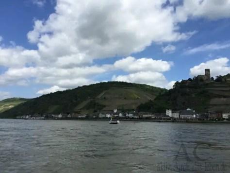 Autofähre Kaub Rhein