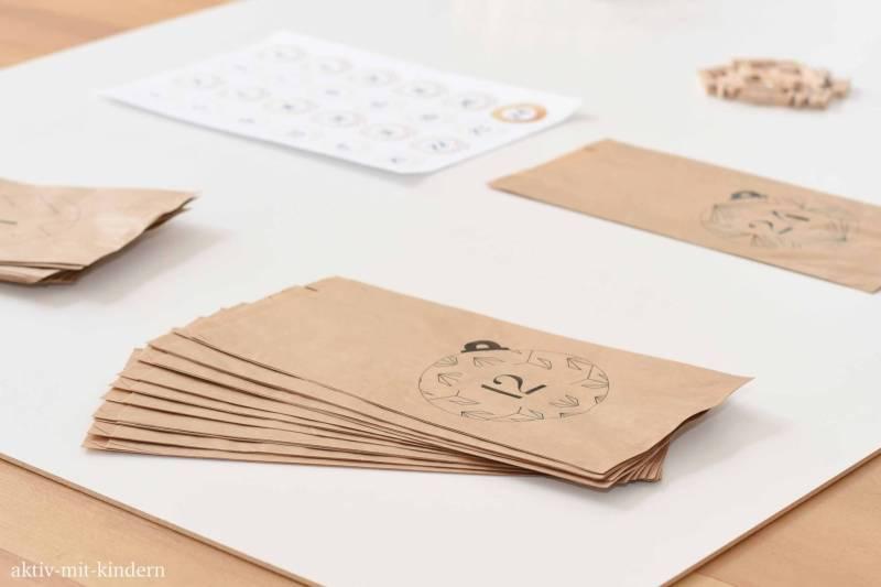 Papiertüten für Adventskalender
