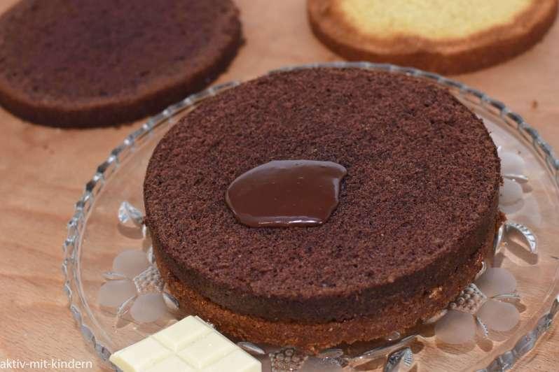 Schokocreme als Füllung für eine Torte