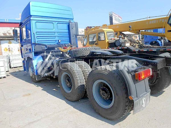 Купить седельный тягач Shaanxi Shacman в Иркутске!