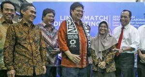 Menteri Perindustrian, Airlangga Hartarto saat Peresmian Laboratorium Bantuan Toyota Indonesia